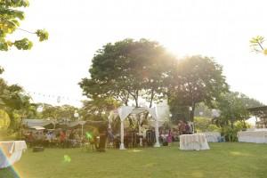Foto Tips Mengadakan Pesta Pernikahan / Wedding Outdoor  by Thepotomoto Photography