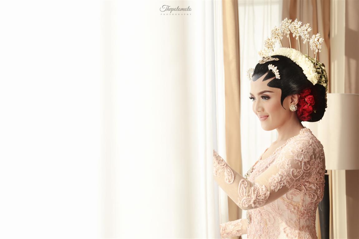 Foto Tips Persiapan Pernikahan Untuk Pengantin Wanita! by Thepotomoto Photography