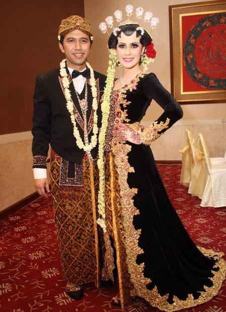 Contoh Baju Pengantin Jawa Seputar Pernikahan