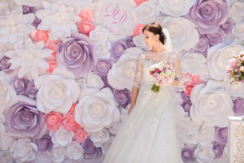 DIY Giant Paper Flower Untuk Dekorasi Booth