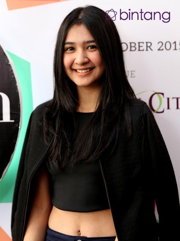 Udah cantik, berbakat pula. Sempurna banget nih Wanita Manado. Sumber: Bintang.com
