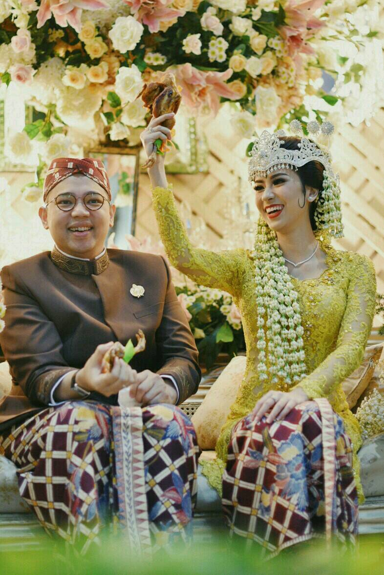 Sundanese Modern Touch Of Annisa Tommy Wedding Seputar